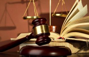 Нанять адвоката по гражданским делам