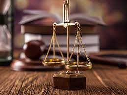 Адвокат по гражданским и семейным делам